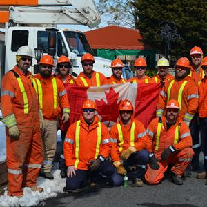 Photo of a Hydro One crew
