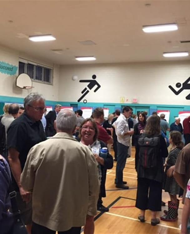 photo of a Hydro One public consultation meeting held in a community centre